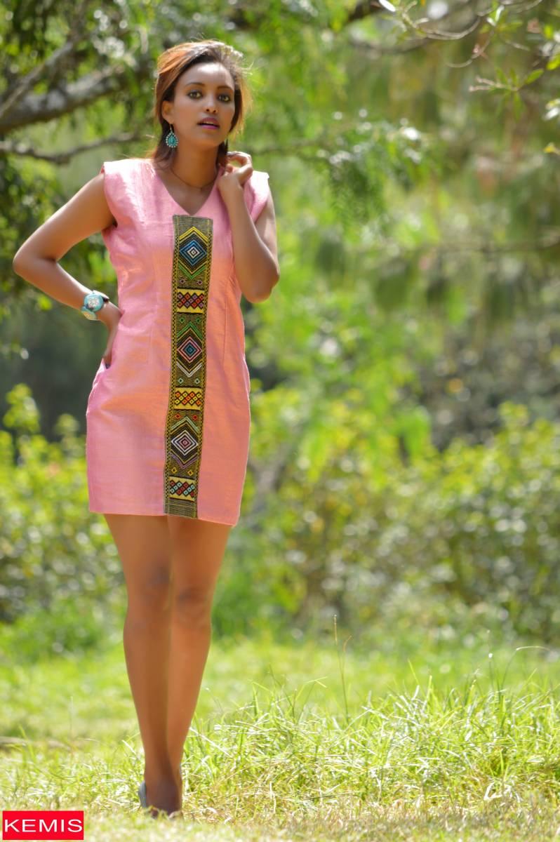 elen2-Ethiopian-dresses-ethiopian-clothing-net-eritrean-fashion-dress-ethiopian-habesha-dresses-kemisd-ethiopian-traditional-dress-ethiopian-modern-dresses-eth